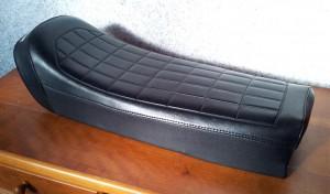 Sitzbankseite neu bezogen